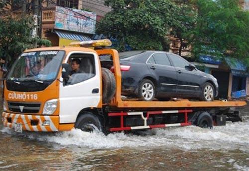 Tự khắc phục cân ô tô bị ngập nước